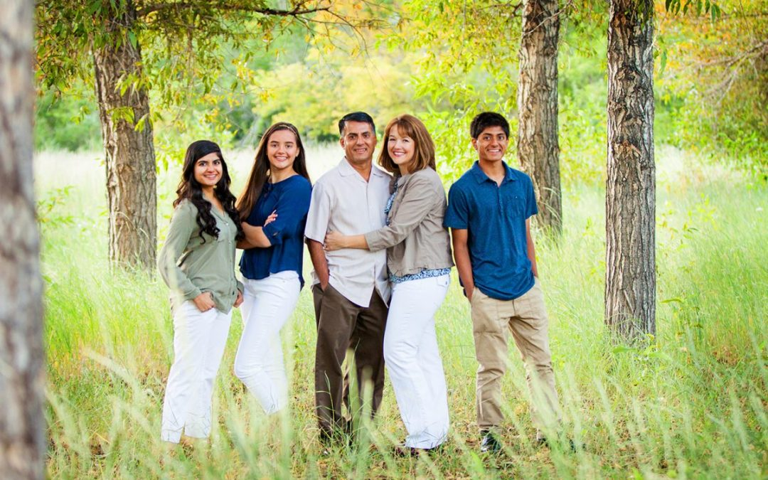 What to Wear for Your Family Session