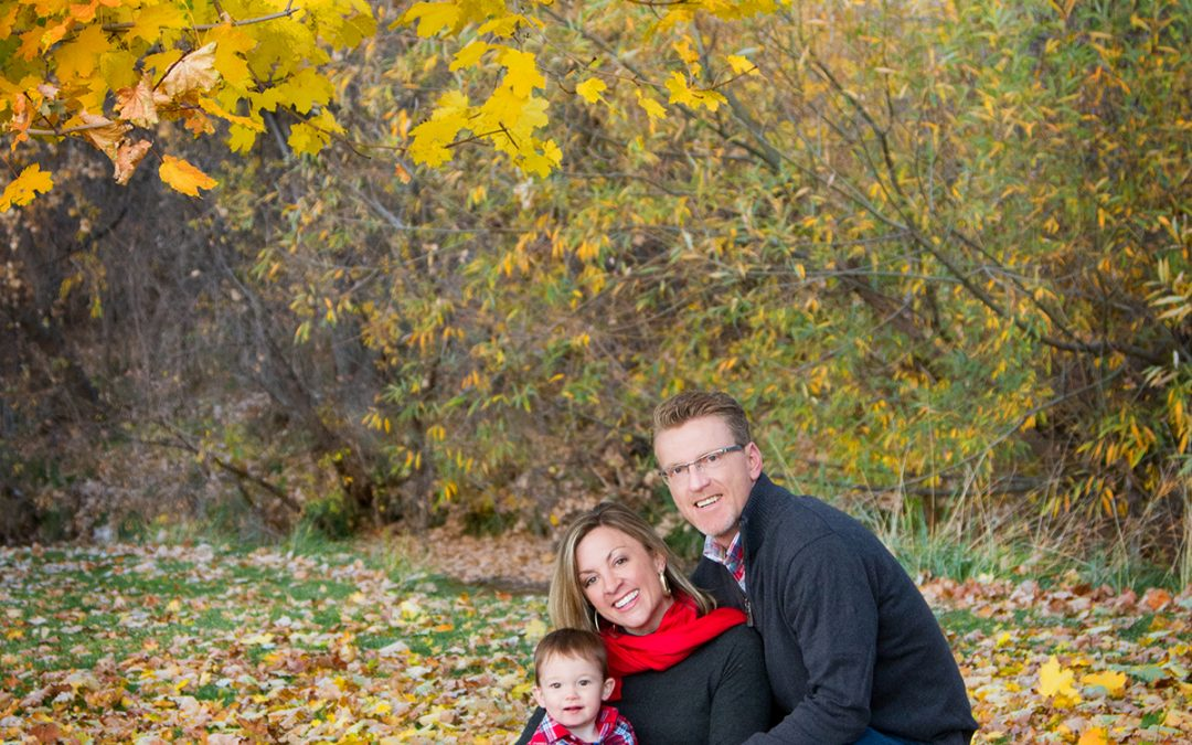 Five Reasons Fall Is the Perfect Season for Family Photos